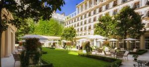 le-bristol-paris_jardin-r_nov_